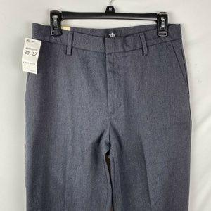 Dockers Men's Pants Size 30x32 Classic Fit Dark Gr